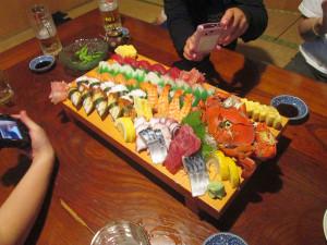 伊江島のお寿司屋さんで反省会