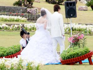 伊江島ゆり祭り リリーウェディング