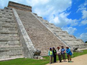 チチェン・イツァ遺跡のピラミッド