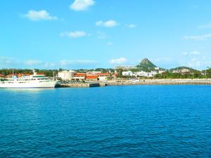 沖縄・伊江島の玄関口